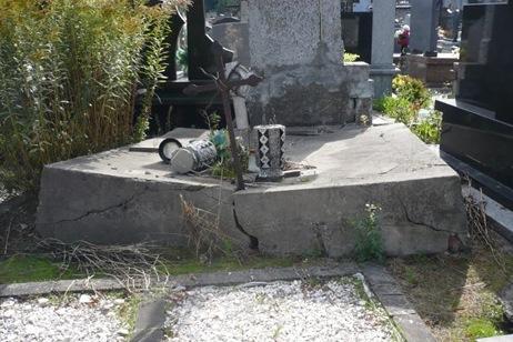 Grob do renowacji nr 11
