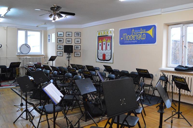 fot. 12. remont pomieszczenia orkiestry - POZIOM zm